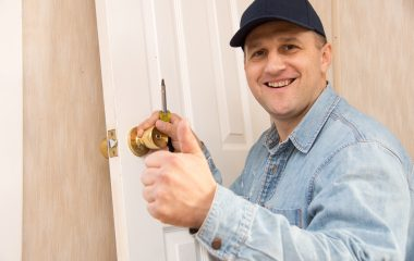 Why We Need A Locksmith License?